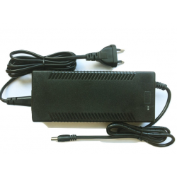 Chargeur pour trottinette E-TWOW (33V )BOOSTER PLUS embout 8mm (gros)